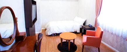Feesia' Room フリージアルーム